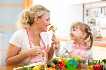 """家长应时刻牢记""""三要""""原则  夏季幼儿防暑小知识"""