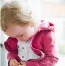 儿童春季预防哮喘四要点 不要骤减衣服
