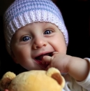 孩子爱吸手指怎么办 四种方法戒除孩子吸手指