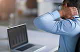 平时不注意保养颈椎 痛起来真的是要命