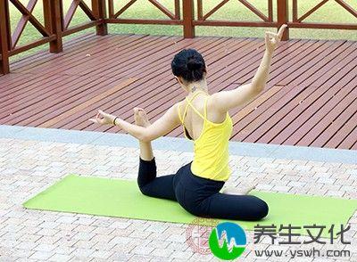 自行练习的朋友,一定要了解清楚每个体式练习的注意事项