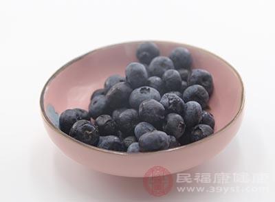 蓝莓的功效 想要美容抗衰多吃这种水果