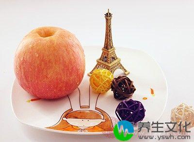 溃疡性结肠炎的病人不宜食用。苹果质地较硬