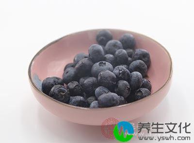 多吃一点蓝莓可以保护我们视力