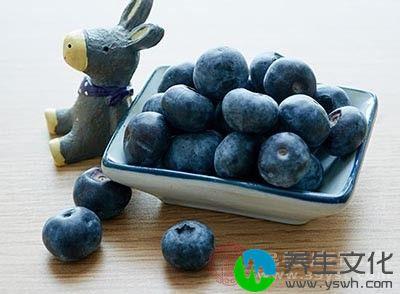 蓝莓不能和牛奶乳制品一起吃