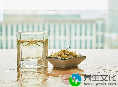 而茶中含有30%以上的鞣酸