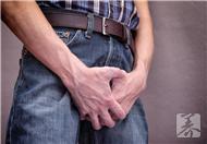 睾丸有点胀是什么原因