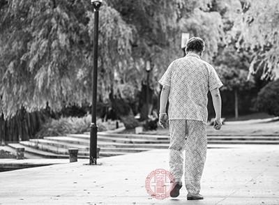 老年痴呆的症状 表达能力有问题是这个病