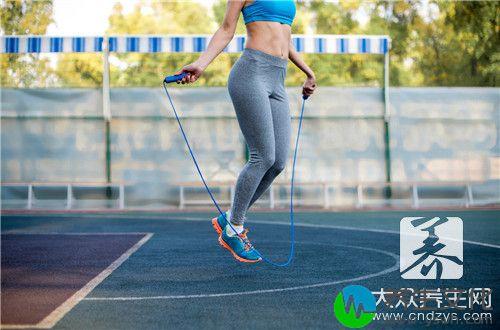 减肥跳绳一次要跳多久