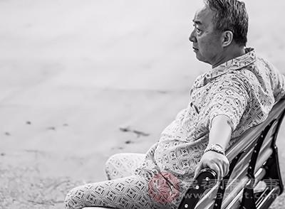 老年痴呆怎么办 适当的运动缓解这个症状