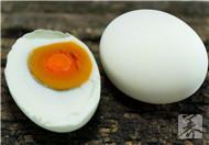 咸鸭蛋胆固醇含量高吗